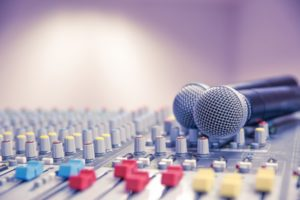 音楽関係の会社に就職する