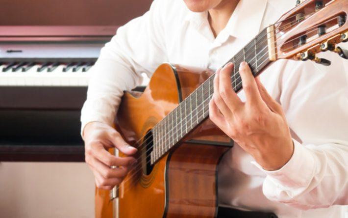 音を確かめるための楽器