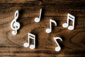 正しい音感を鍛える