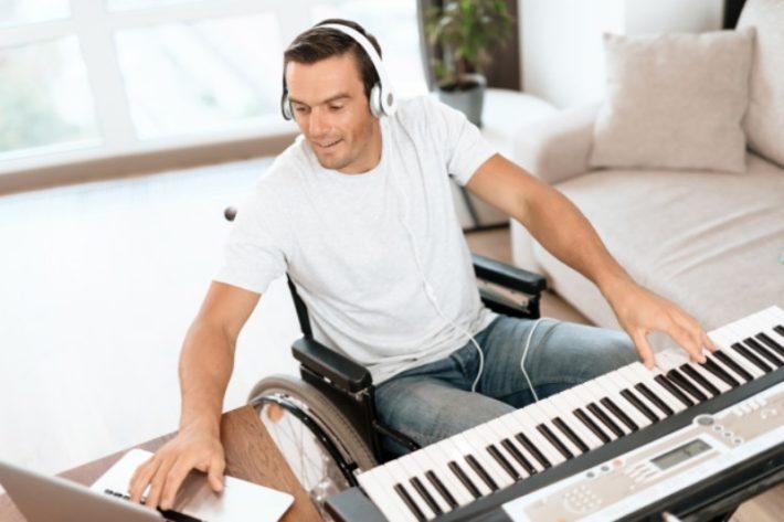 耳コピした楽曲は著作権侵害になるのか