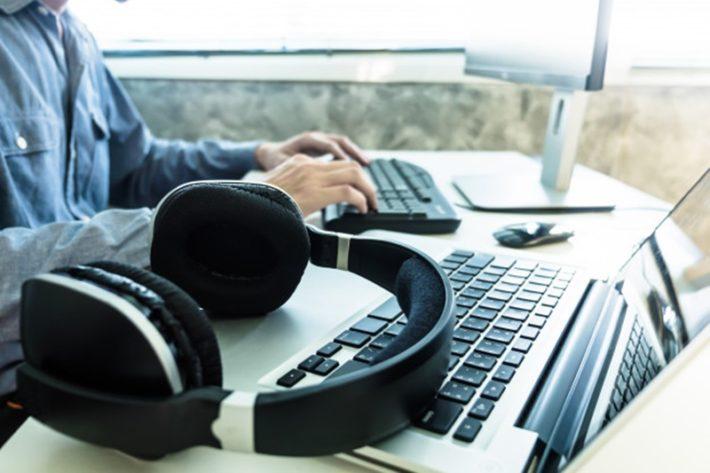 曲を聴く環境を整える