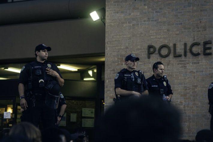 警察に声をかけられないための4つの注意点