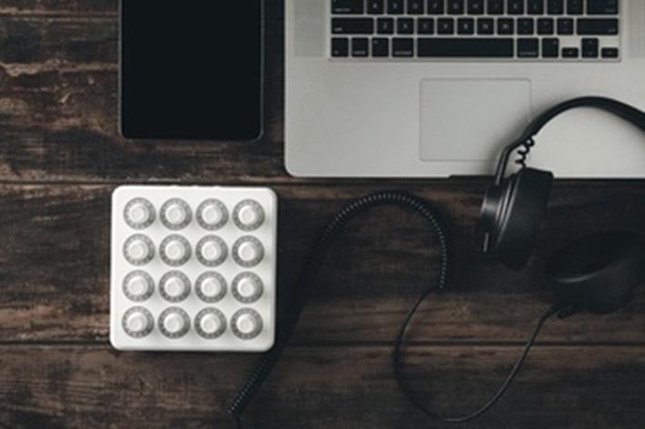 midiキーボードをパソコンに接続する